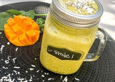 smoothie happy mango